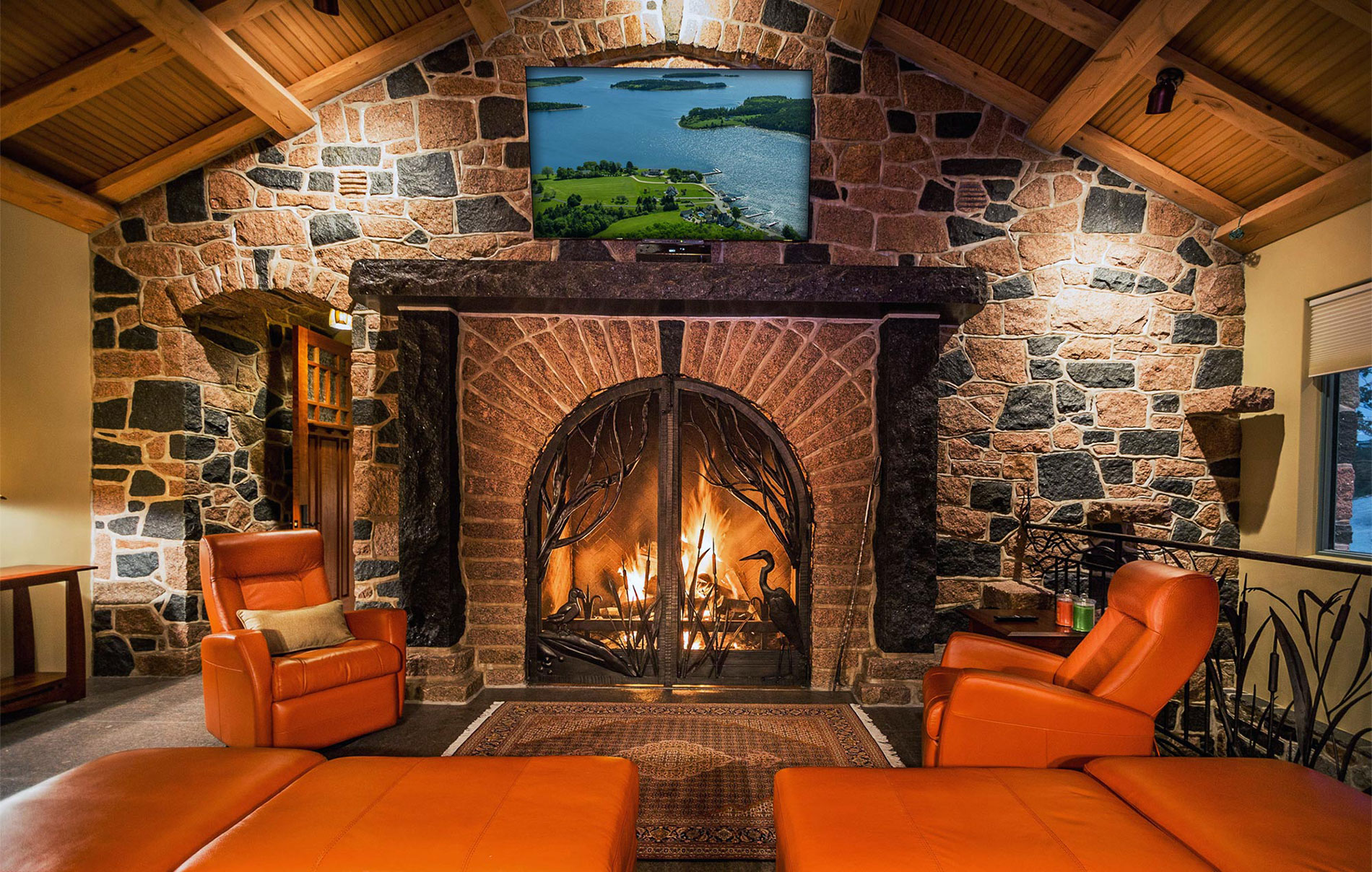 Strum-Island-Great-Room-Fireplace